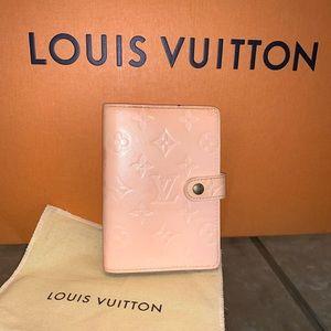 Louis Vuitton beige agenda PM stocked planner